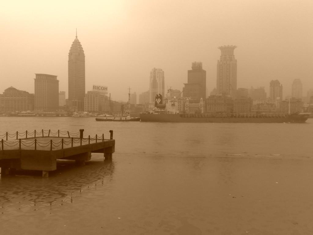 Shangai sous la brume