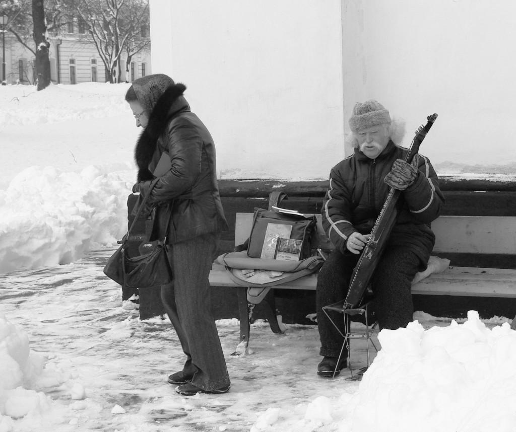 Musicien sous la neige