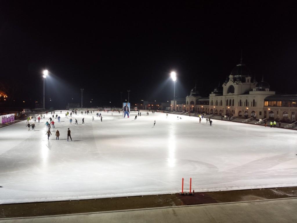 La patinoire de budapest