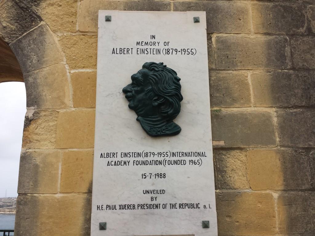 Hommage à Einstein
