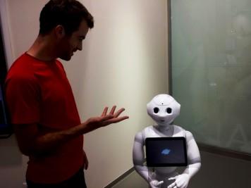 En pleine conversation avec un robot bientôt commercialisé