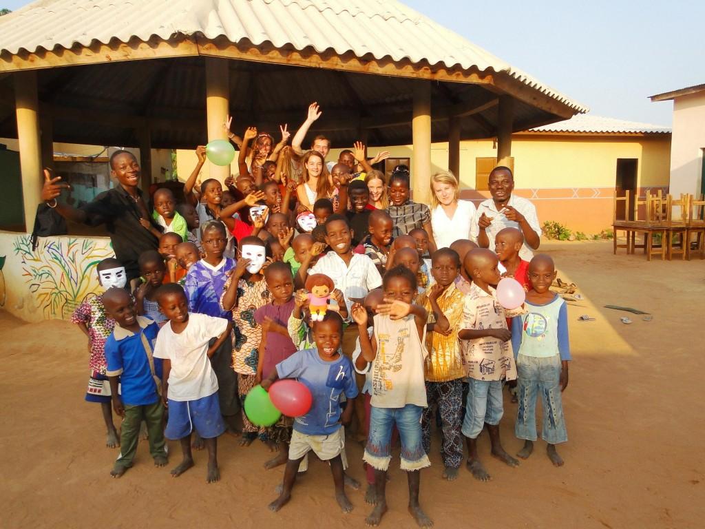 Volontariat en Afrique avec Antoine et Mathilde